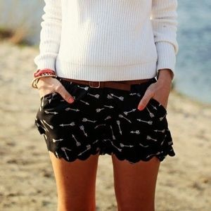 Anthropologie E by Eloise | Arrow Scalloped Shorts